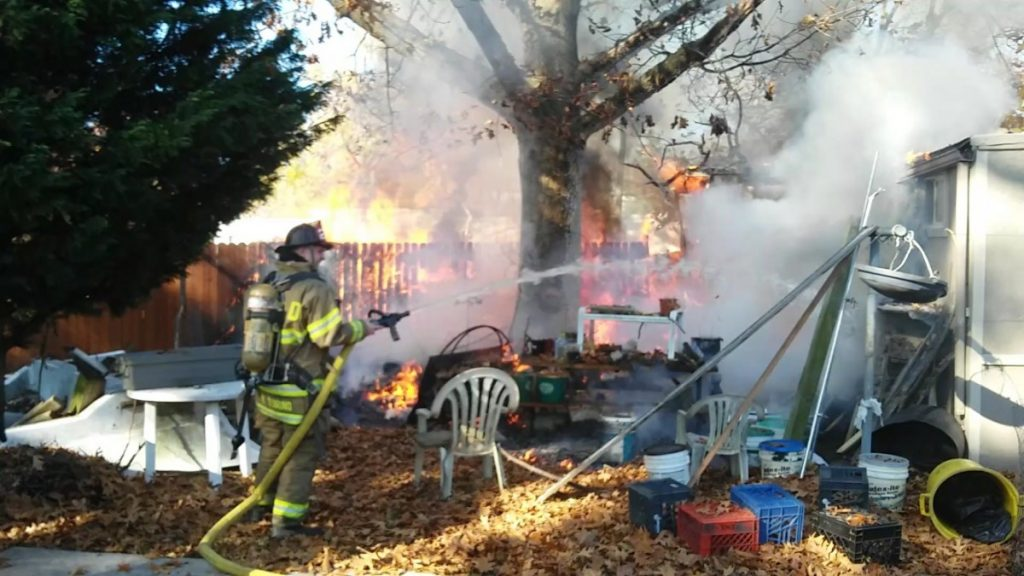 Company Extinguishes Working Dwelling Fire